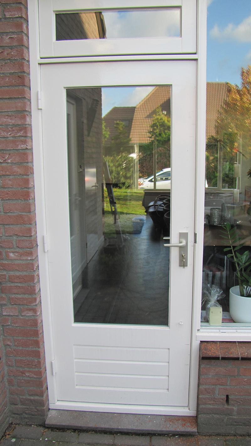 Schuifdeur beijes trappen bouw for Inmeetmal voor deuren
